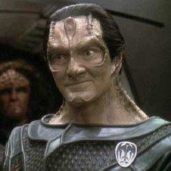 File:Garak (mirror).jpg