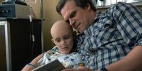 Stranger Things 1x08 – Sarah and Hopper reading