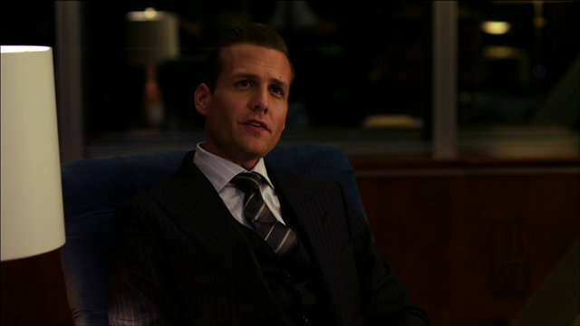 File:S01E01P05 Harvey.png