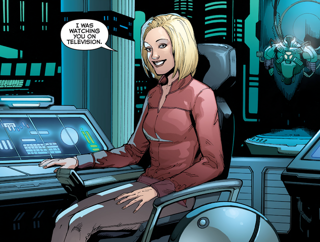 File:Lena Luthor Justice League (2011) 35.png