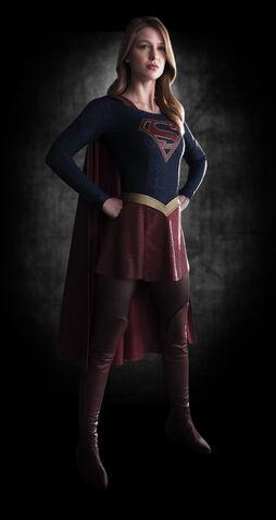 File:Supergirl-Melissa Benoist-1.jpg