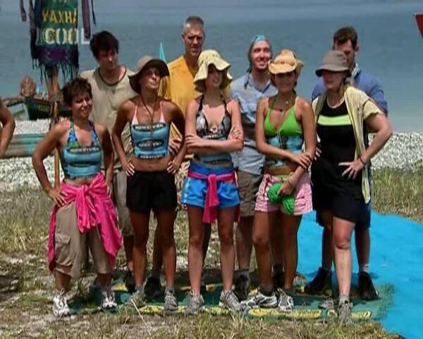 File:Survivor.S11E01.Big.Trek.Big.Trouble.Big.Surprise.DVBS.XviD.CZ-LBD 366.jpg