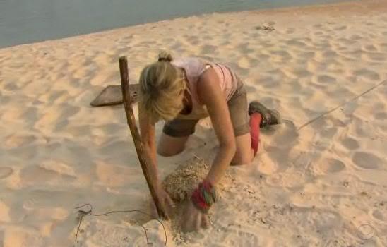File:Sandy search.jpg