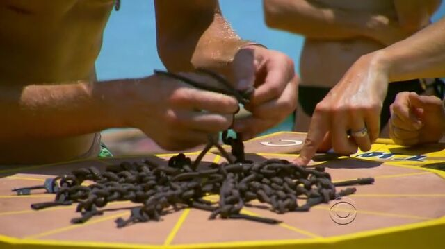 File:Survivor.s27e04.hdtv.x264-2hd 339.jpg