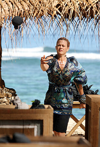 File:Christine On Redemption Island.jpg
