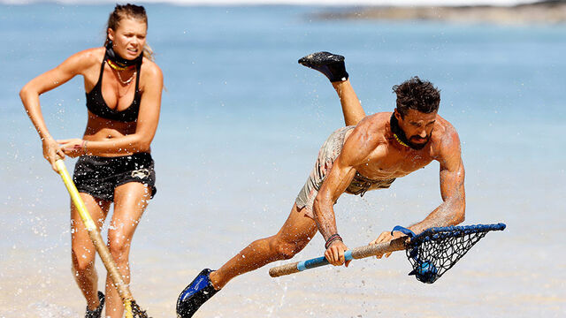 File:Australian-Survivor-Episode-19-Wicker-Flicker-Reward-Challenge---Flick-and-Lee.jpg