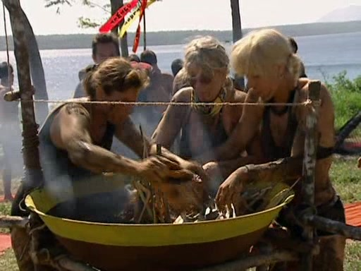 File:Survivor.Vanuatu.s09e01.They.Came.at.Us.With.Spears.DVDrip 381.jpg