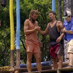 Jeff and Grant help Rob after he wins immunity.