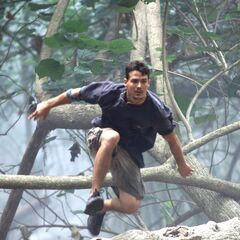 Rob competes in the <i>Jungle Relay</i> challenge.