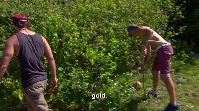 File:Survivor.s27e01.hdtv.x264-2hd 0795.jpg