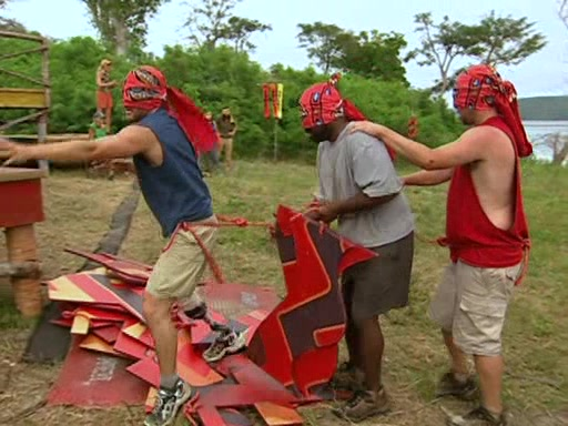 File:Survivor.Vanuatu.s09e02.Burly.Girls,.Bowheads,.Young.Studs,.and.the.Old.Bunch.DVDrip 343.jpg