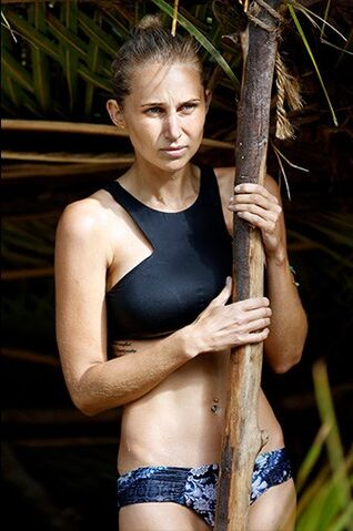 File:Australian-Survivor-Episode-5-Vavau-Camp---Jennah-Louise2.jpg