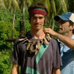Brett wins his third immunity.