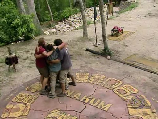File:Survivor.Guatemala.s11e07.Surprise.Enemy.Visit.PDTV 372.jpg