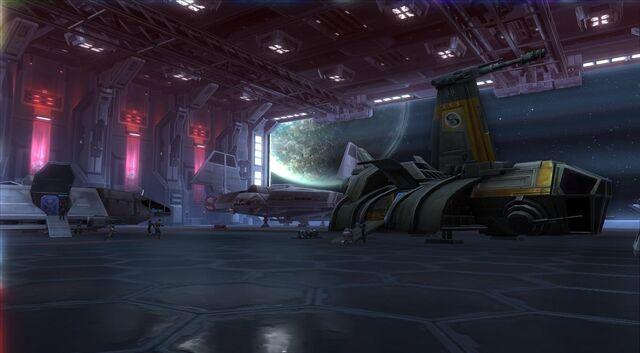 File:Vaiken Spacedock (hanger door).jpg
