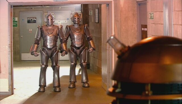 File:Cybermen and daleks meet.jpg