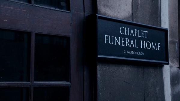 File:Chaplet Funeral Home.jpg