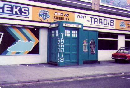 File:Blackpool exhibition door 1982.jpg