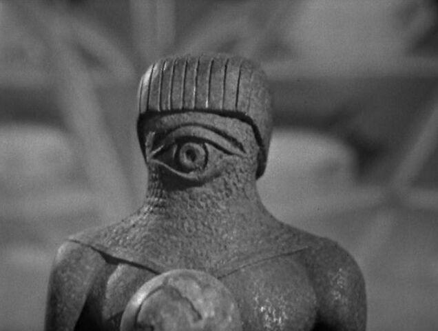 File:Monoid-Human statue.jpg