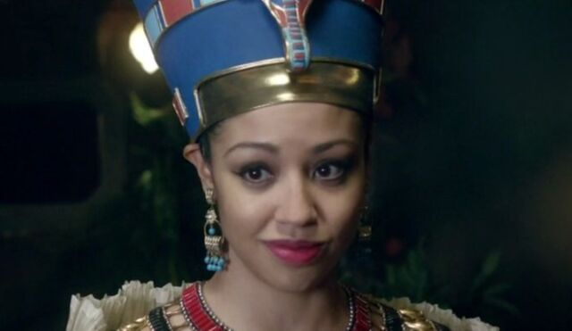 File:Queen Nefertiti.jpg