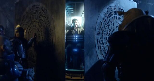 File:The Pandorica Imprisonment.jpg