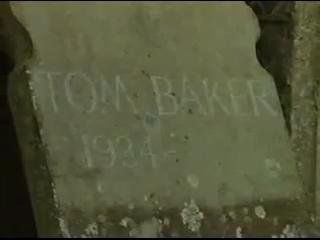 File:The Grave of Tom Baker.jpg