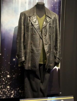 File:9thDoctorcostumeDWExperience.jpg