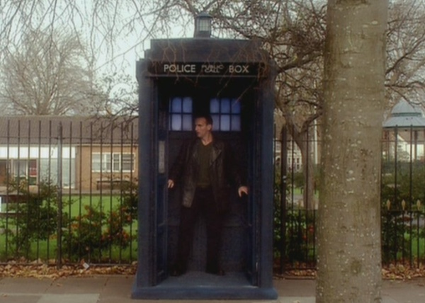File:Empty tardis.jpg