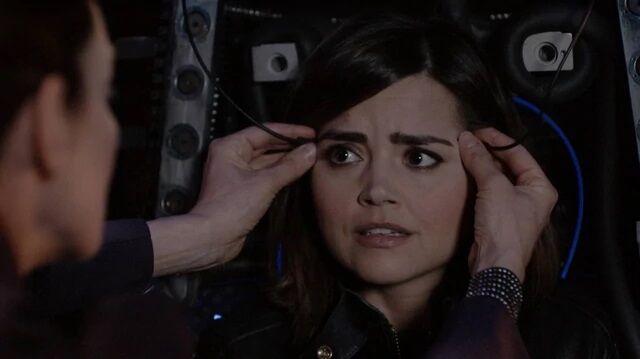 File:Clara inside a dalek (TWF).jpg