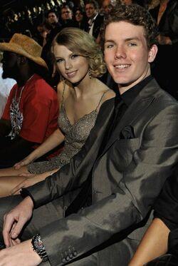 Taylor-03-2009-06-17.jpg
