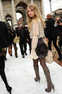 Taylor Swift D'lite Sparkling+Boots 18