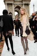Taylor Swift D'lite Sparkling+Boots 17