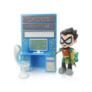 Robin-Toy-Desk-2.75Inch