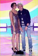 Teen Choice Awards 2013 Ross and Maia (7)
