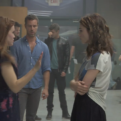 Teen Wolf Behind the Scenes Crystal Reed Holland Roden JR Bourne Charlie Carver Max Carver