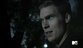Pete-Ploszek-Green-Eyes-Teen-Wolf-Season-6--Episode-Heartless-Teen-Wolf-Wikia.jpg