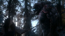 Teen-Wolf-Season-5-Episode-18-Maid-of-Gevaudan-kills-beast.jpg