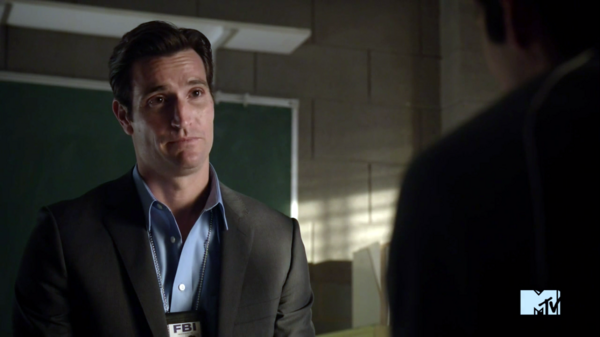 Teen Wolf Season 3 Episode 11 Alpha Pact Matthew Del Negro Agent McCall Questions Stiles