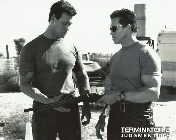 File:T2- Peter Kent and Arnie.jpg