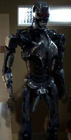 File:Cromartie endoskeleton.jpg