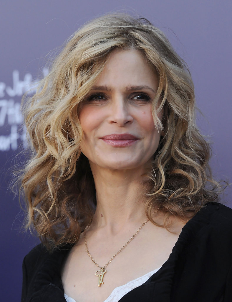 kyra sedgwick diet and exercise