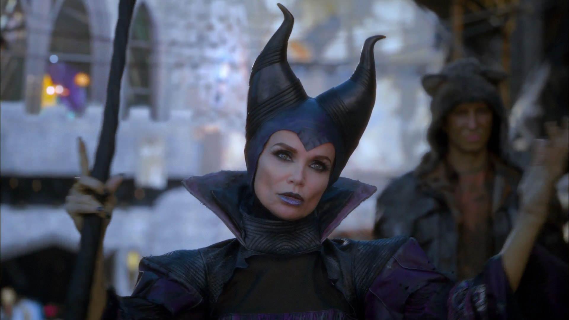 Maleficent's Staff | Descendants Wiki | FANDOM powered by ...