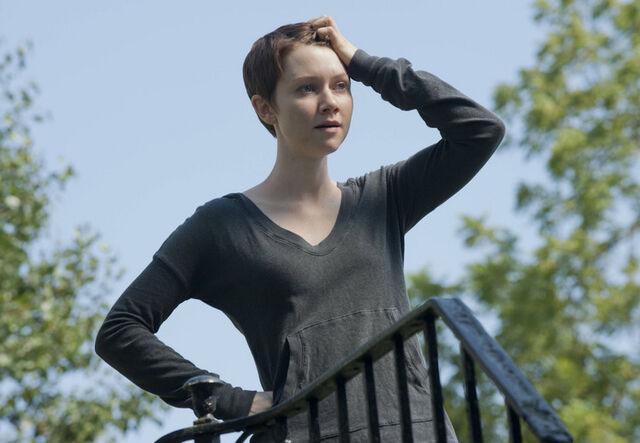 File:1x03 Emma.jpg