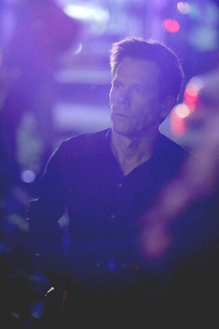 File:The Following 1x06-6.jpg