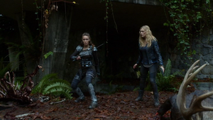 Survival of the Fittest 046 (Clarke and Lexa)