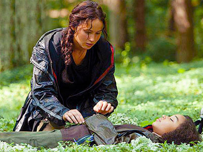 7 Movie Characters that Need to be Resurrected: Rue death scene in Hunger Games