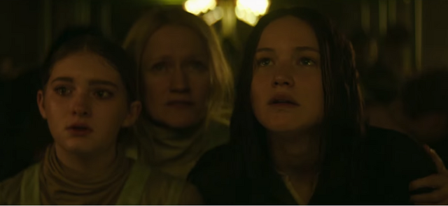 File:The everdeen family in mockingjay part 1.png