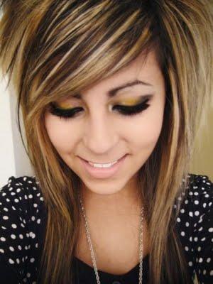 File:Shoulder-length-emo-haircuts-for-girls-a.jpg