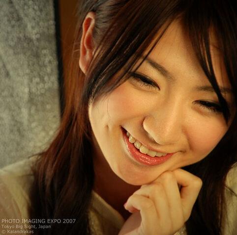 File:Smile is universal.jpg