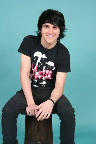 File:Mitchel Musso era8.jpg